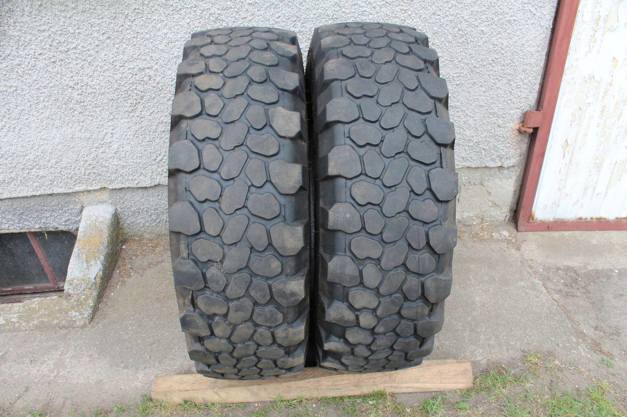2x Continental MPT81 335/80R20 12,5R20 5-7 mm