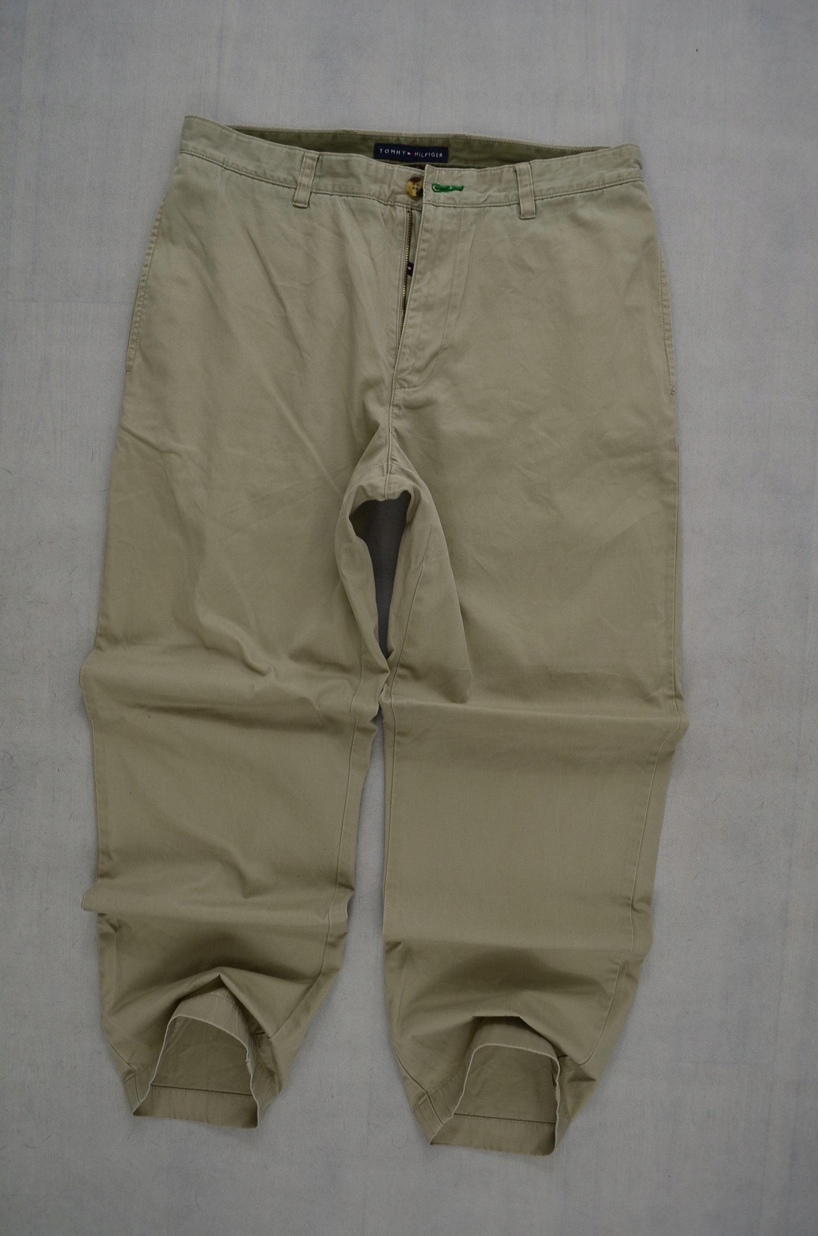 TOMMY HILFIGER SPODNIE CHINO LOGO TH 86 cm *33/30*