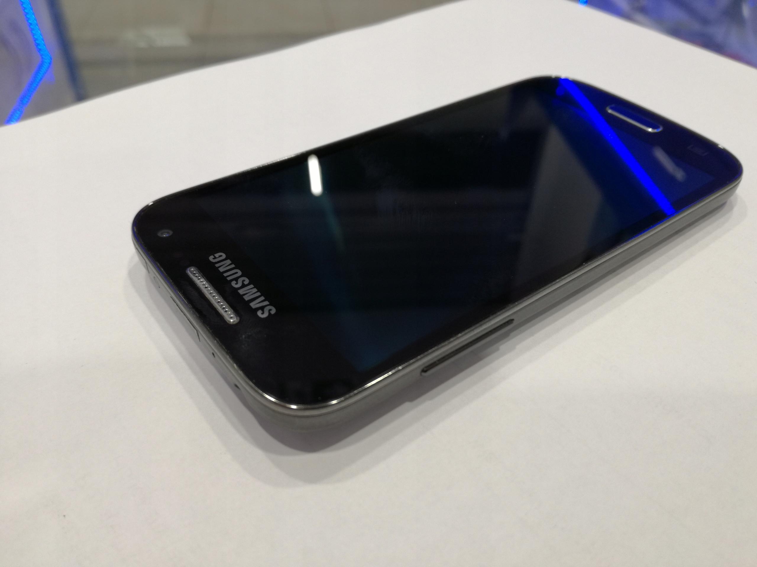 Wyświetlacz Samsung S4 Mini