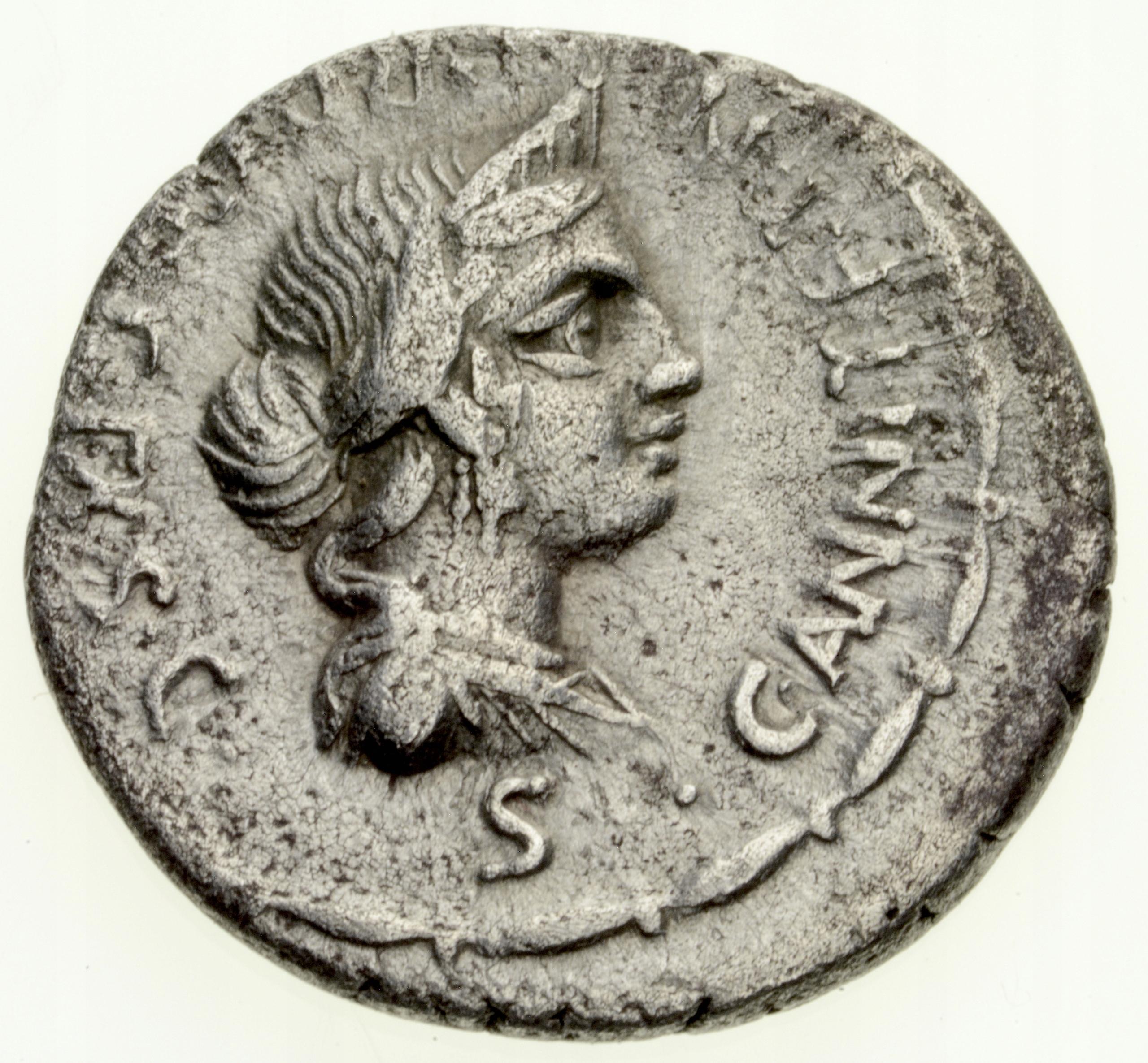 Denar 82-81 pne Annius Fab. Hispaniensis Republika