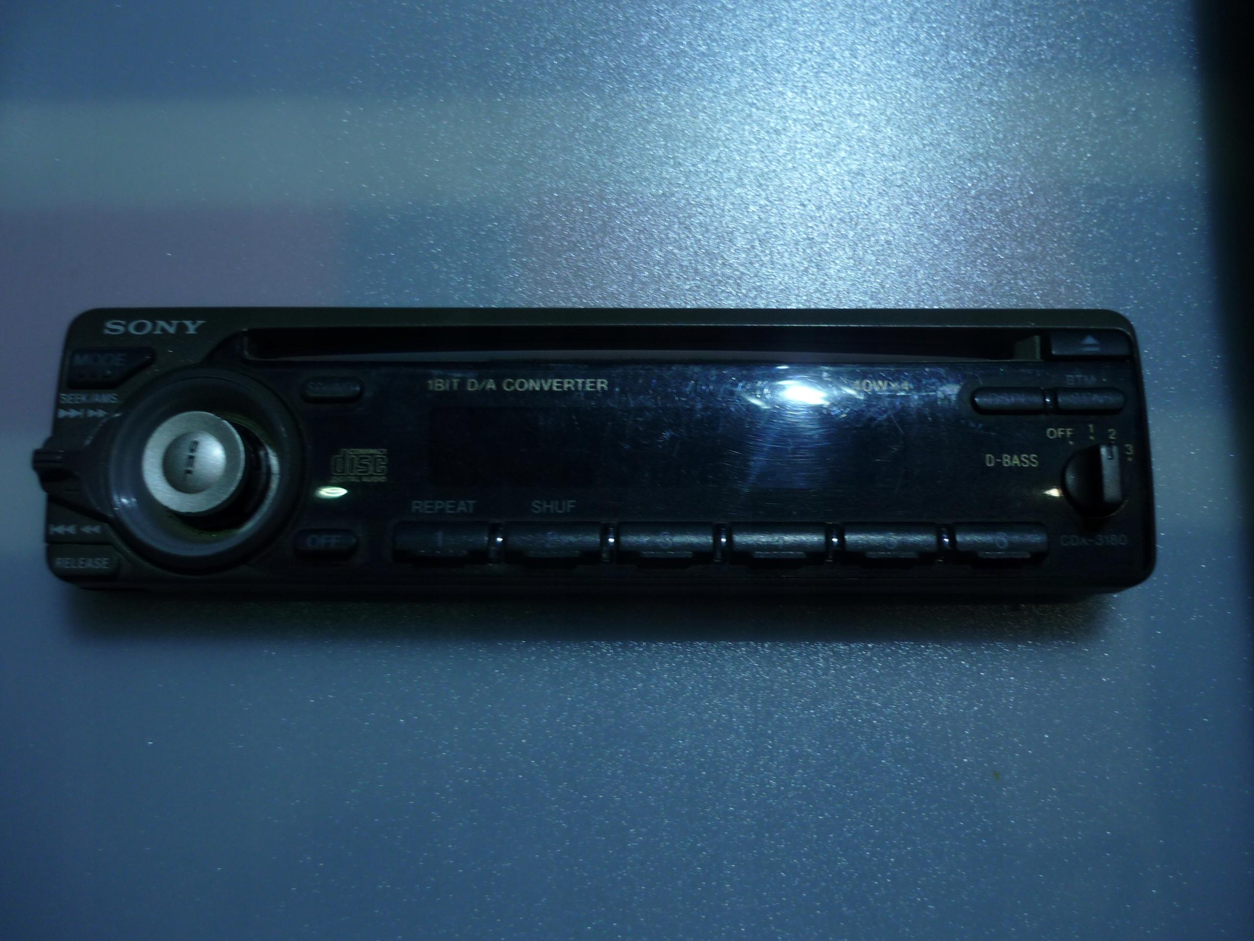 panel sony cdx3180
