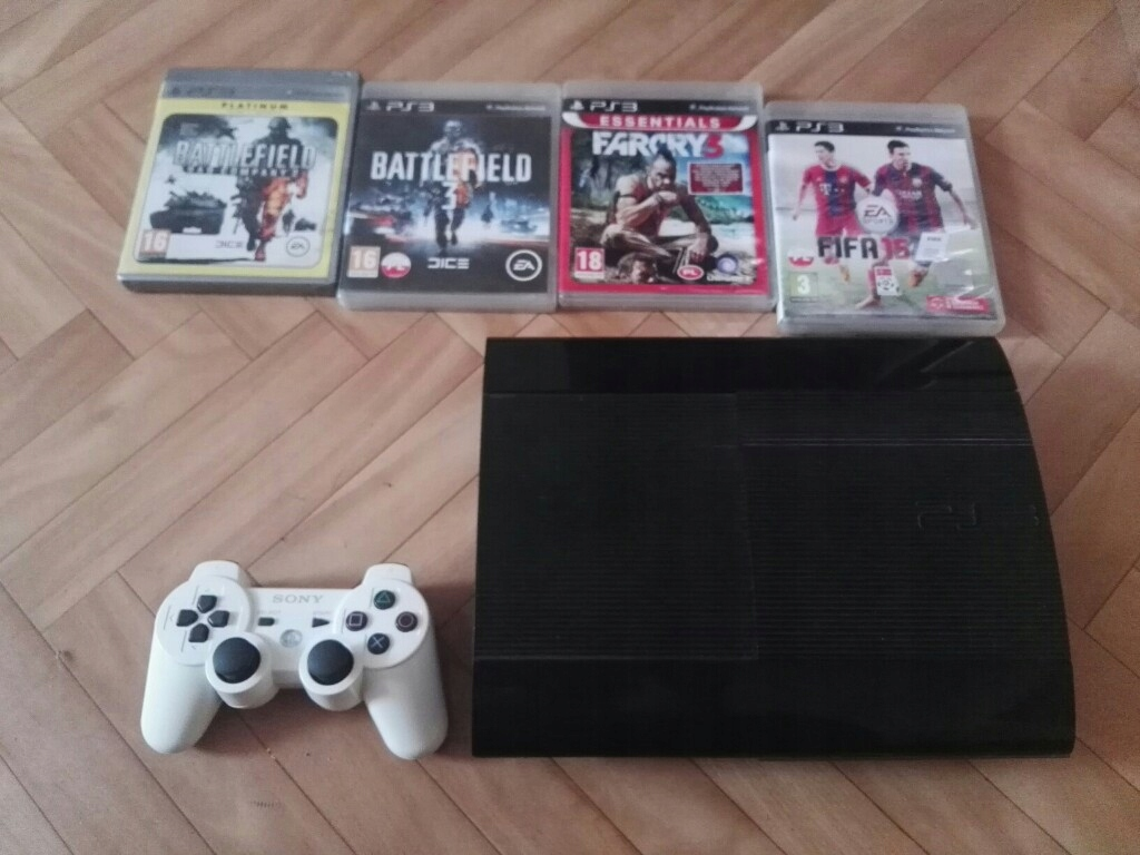 Playstation 3 PS3 200GB gry