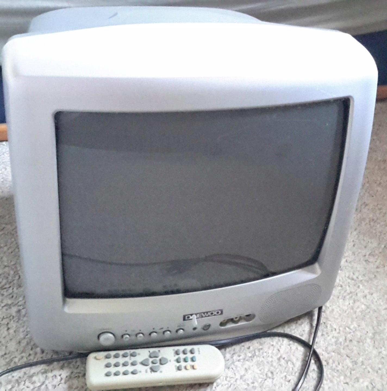 Telewizor Daewoo K14V3T - sterowanie na panelu.
