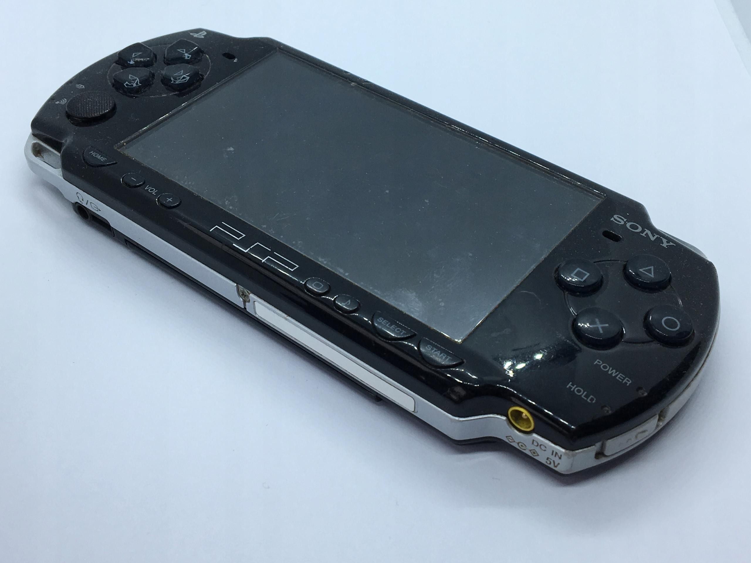 SONY PLAYSTATION PSP-2004 STAN NIEZNANY