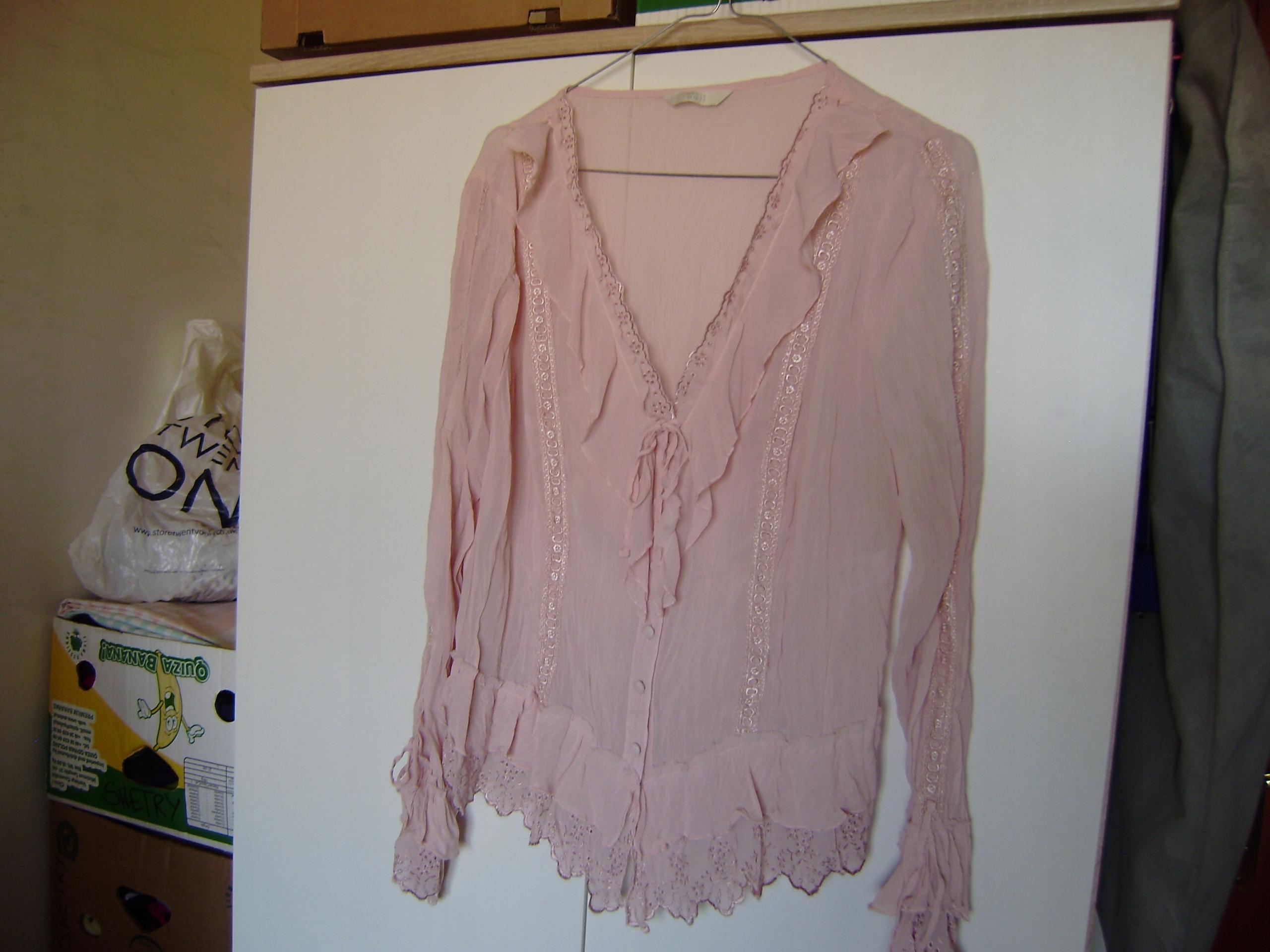 Bluzeczka 14 Marks&Spencer blady róż, polieste