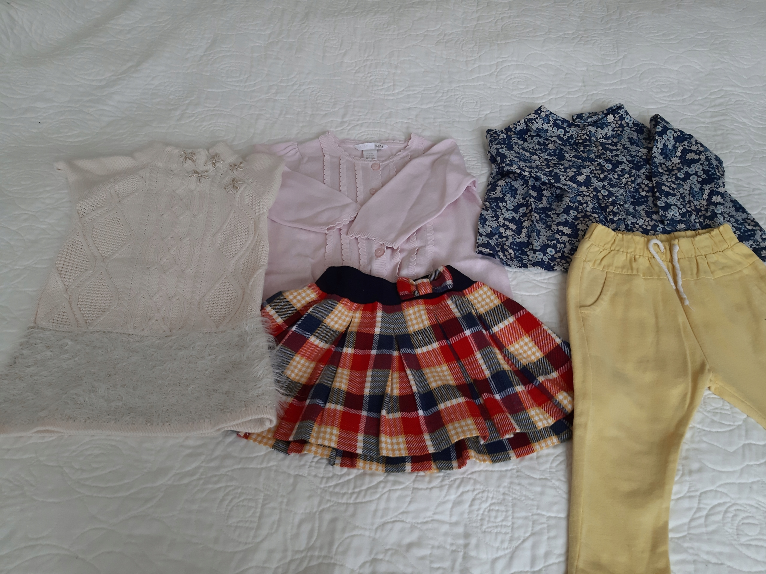 Zara ,Benetton, TK Maxx paka dla dziewczynki r. 80