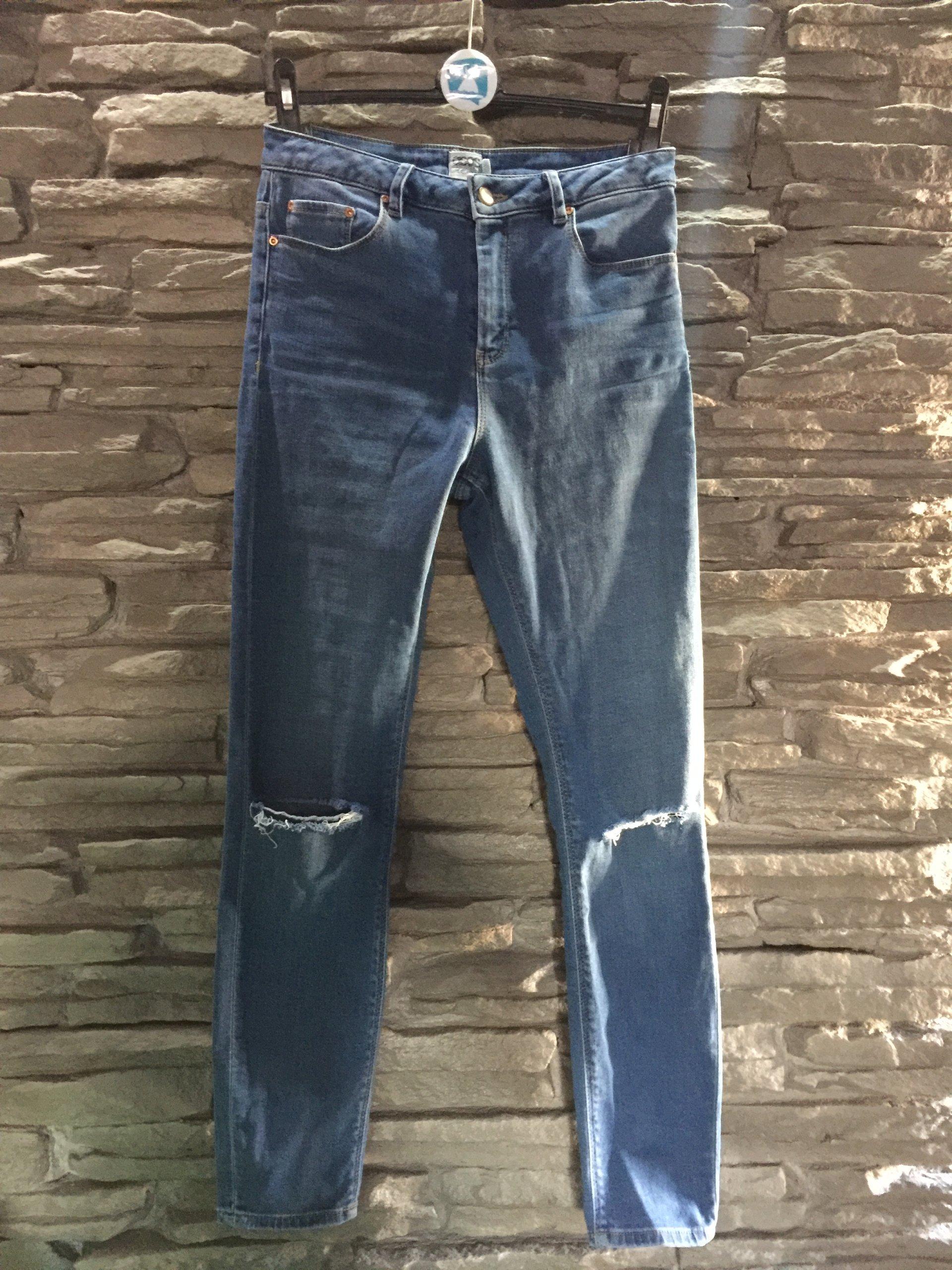 8380591431a2 Jeansy Asos wysoki stan rurki spodnie dziury S 36 - 7564466386 ...