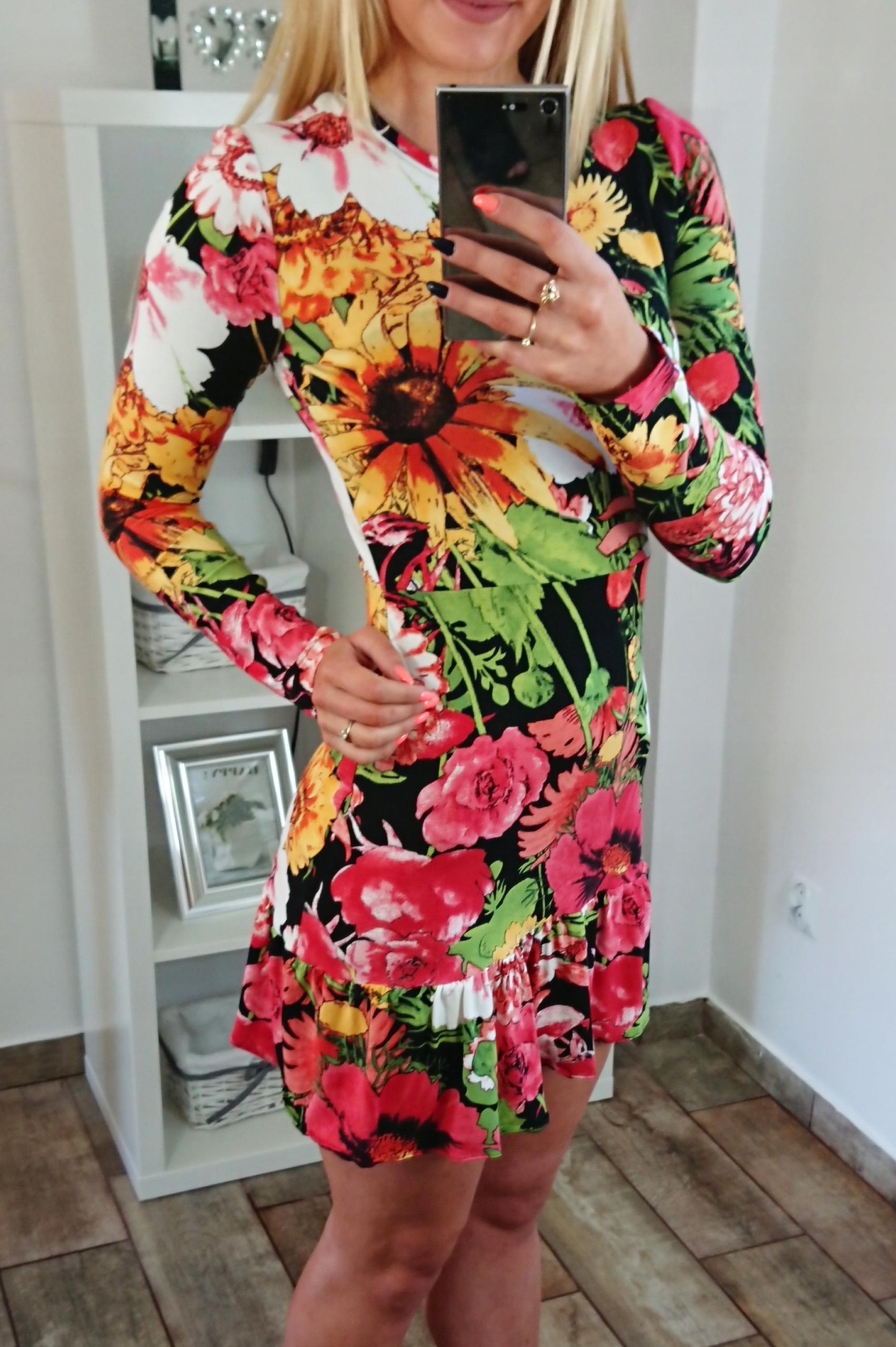 Sukienka ołówkowa print kwiaty falbanka hit XS 34