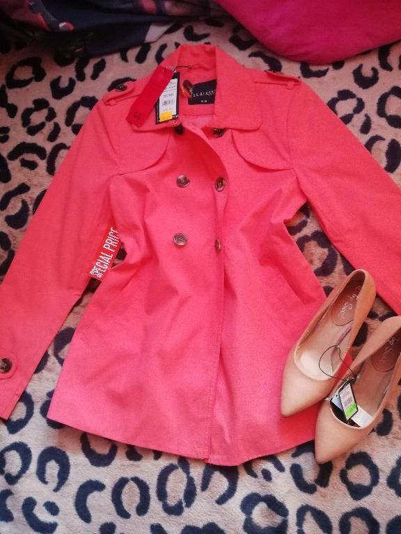 paka markowych stylowych nowych ubrań
