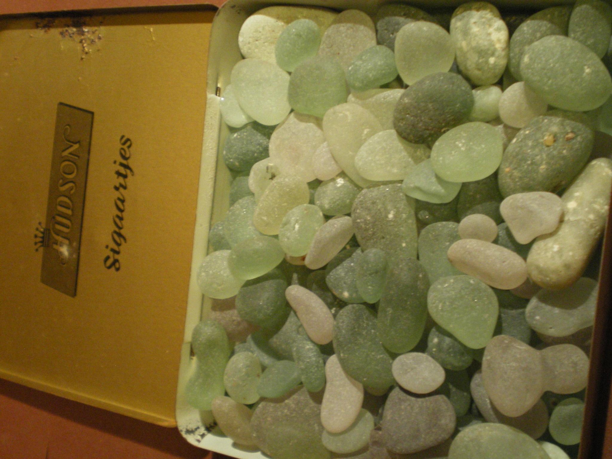 kamieni w pudełku