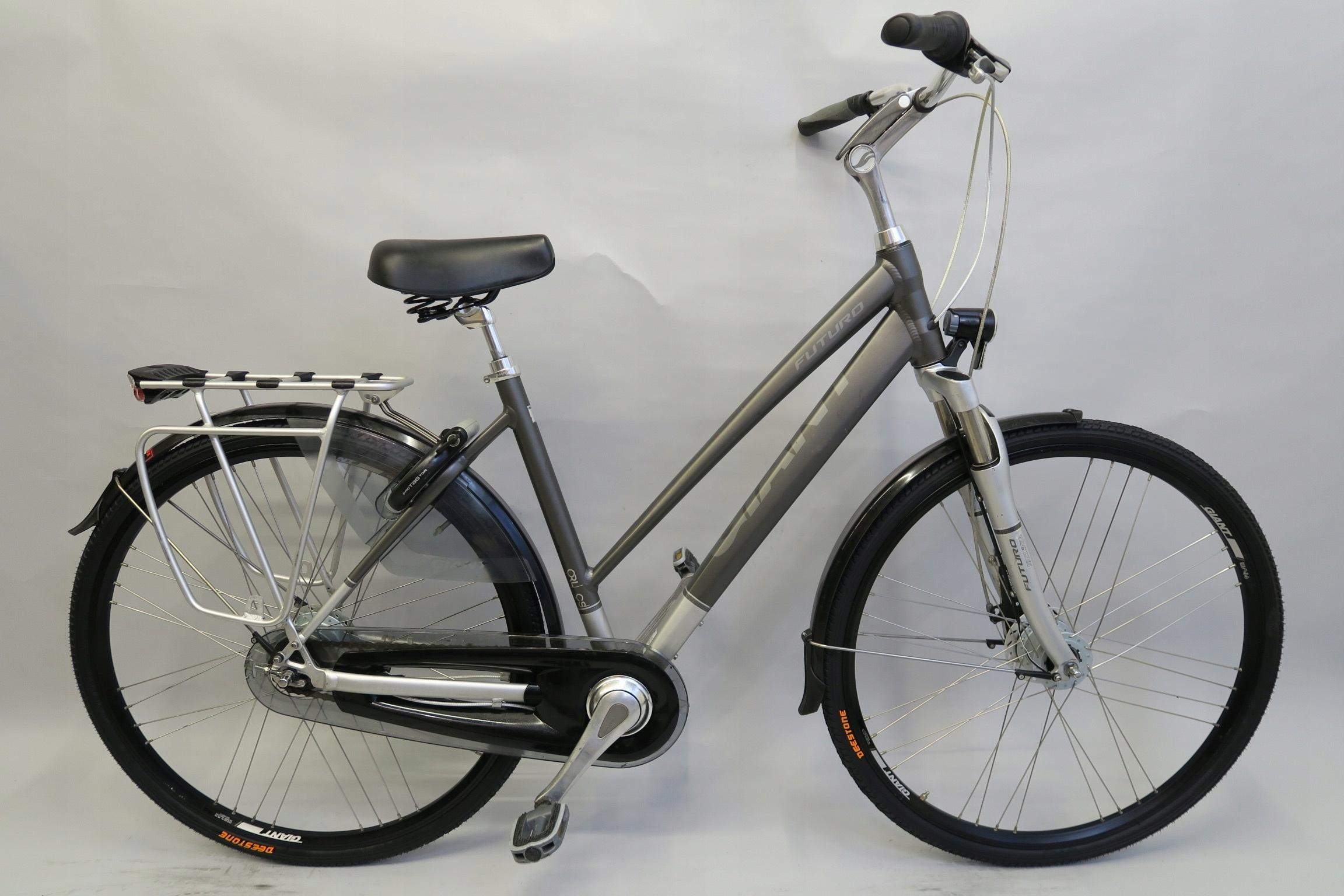 Wygodny markowy rower Giant Futuro Nexus