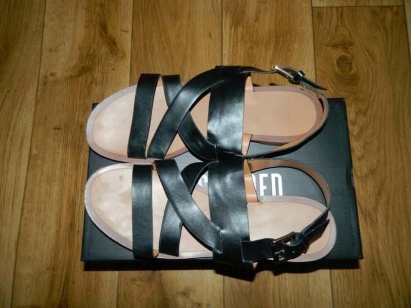 minimalistyczne sandały damskie allegro