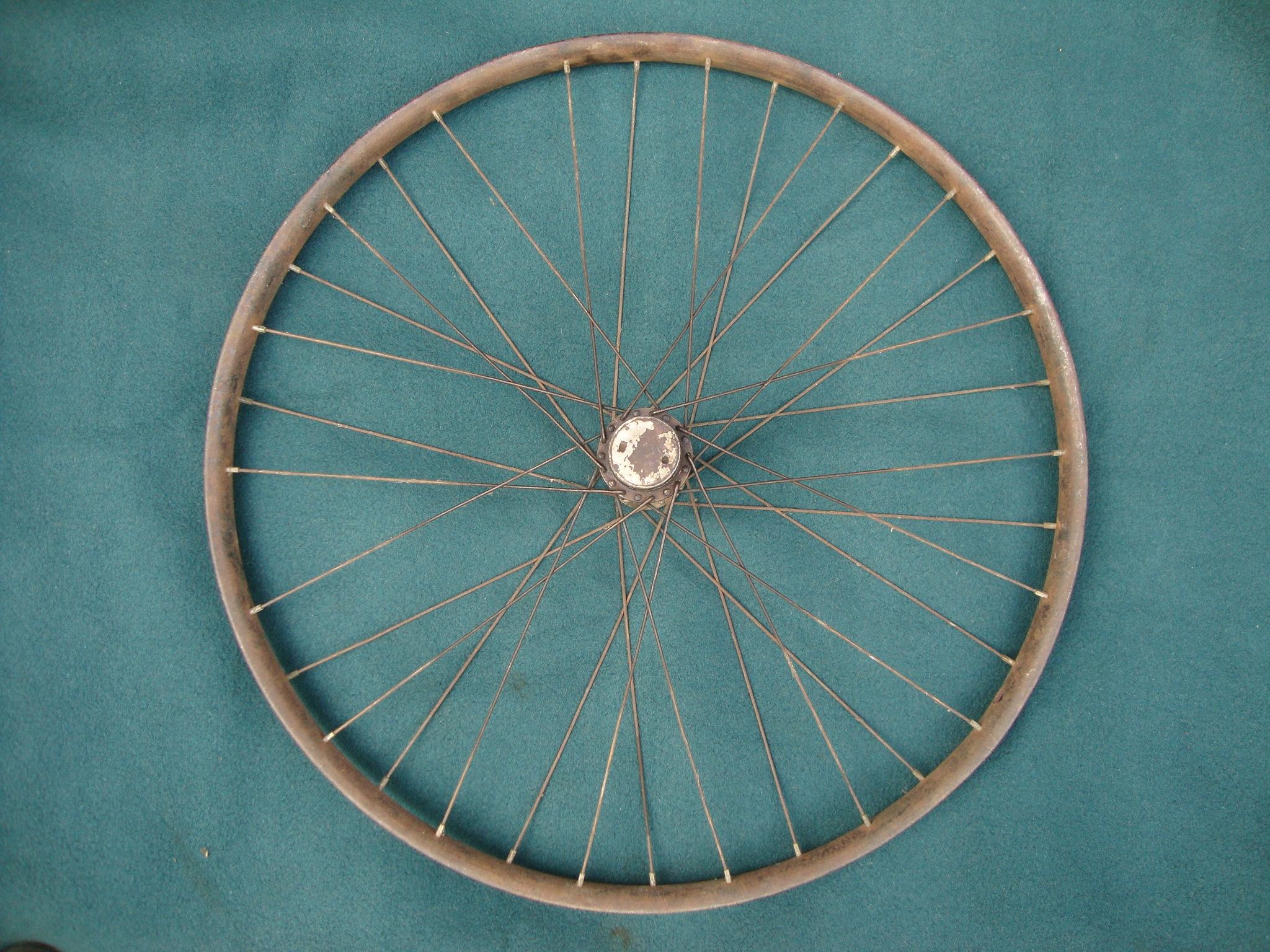 Stare koło fartuchowe rowerowe - nietypowy wzór