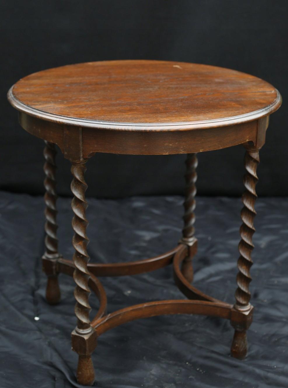 Antyk drewniany stolik