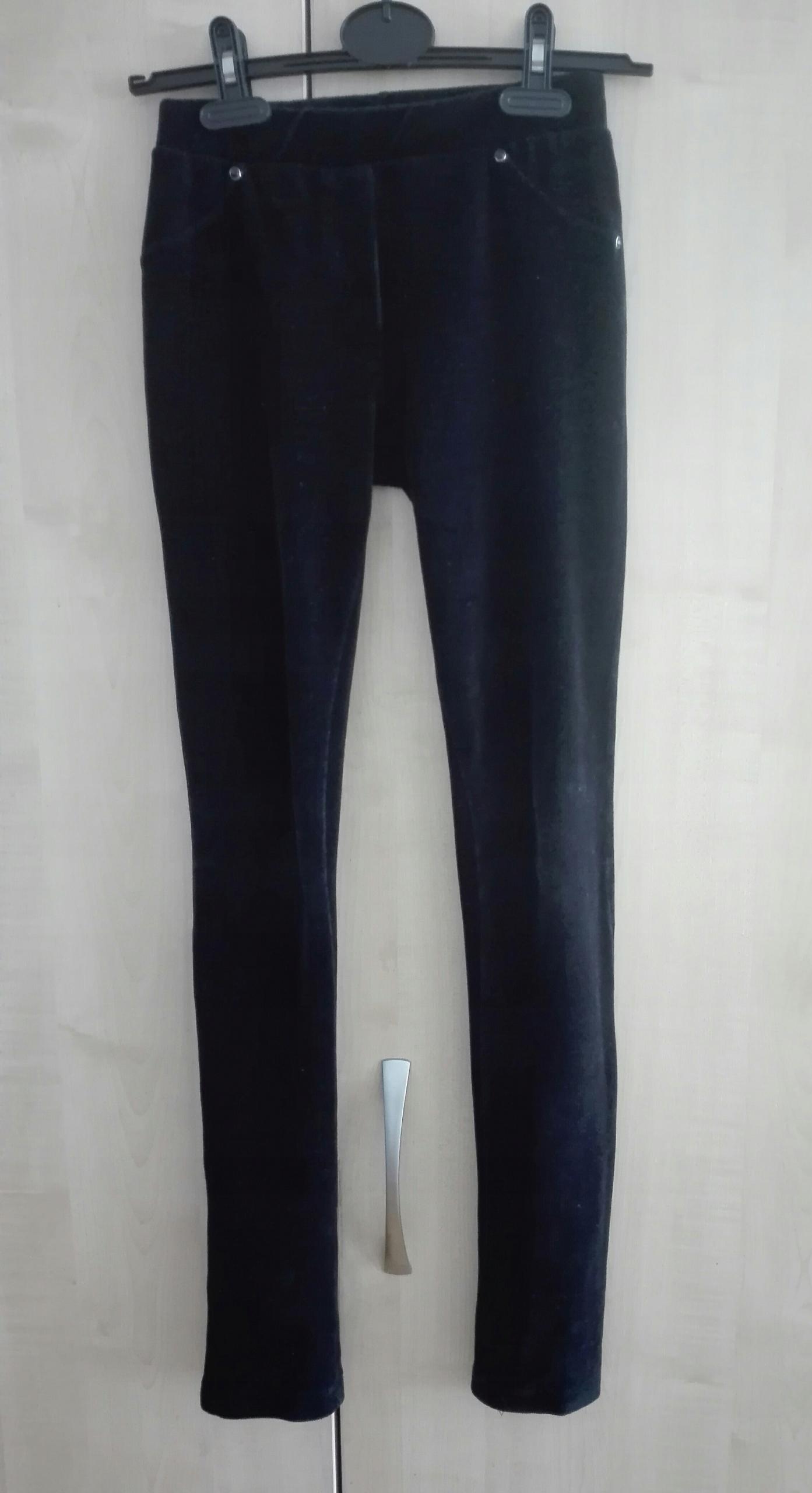 158 cm Czarne elastyczne getry na gumie dla córki
