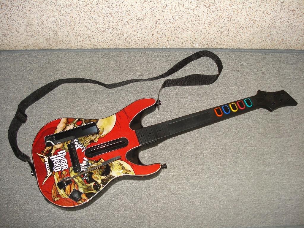 Gitara GUITAR HERO rock band NINTENDO Wii Metalica