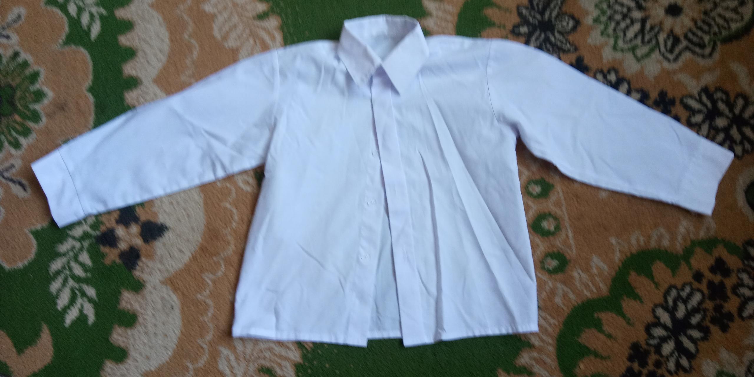 Koszula biała r. 116 chłopak 5-6 lat