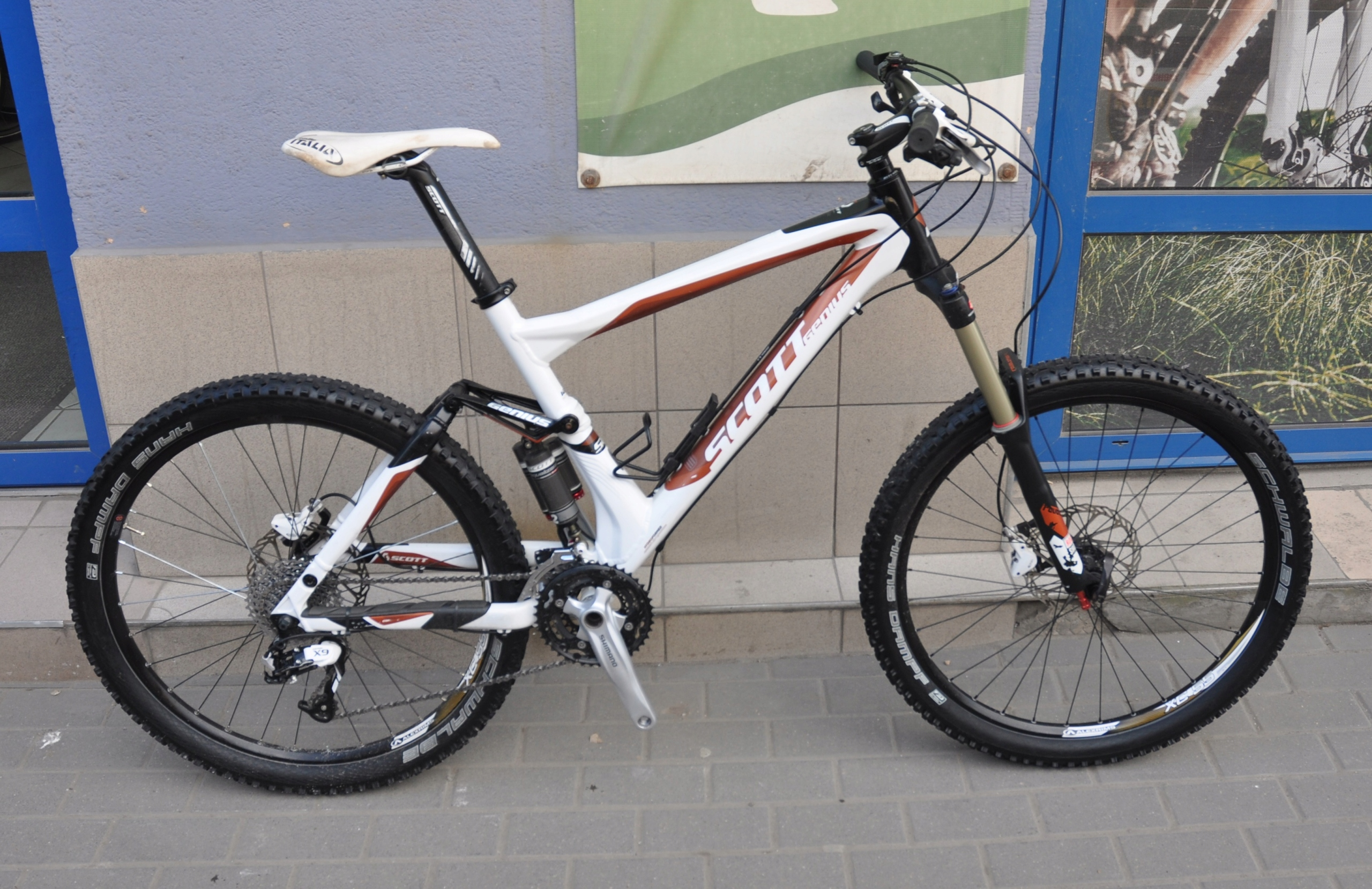 Scott Genius 50 2011 Full X9/Revelation 150/150 L