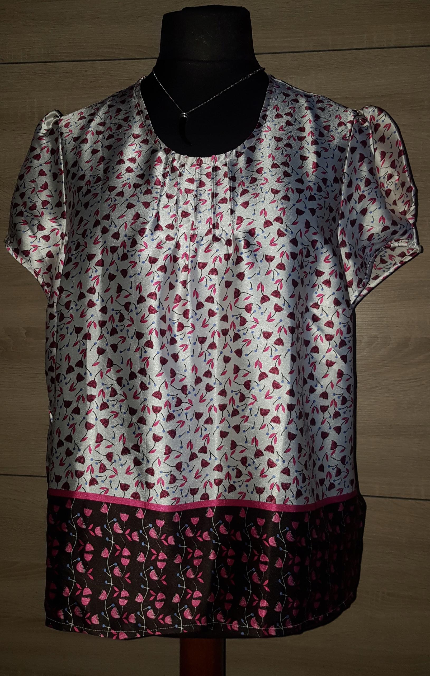 Bluzeczka damska nowa ANNE WEYBURN rozmiar 50.