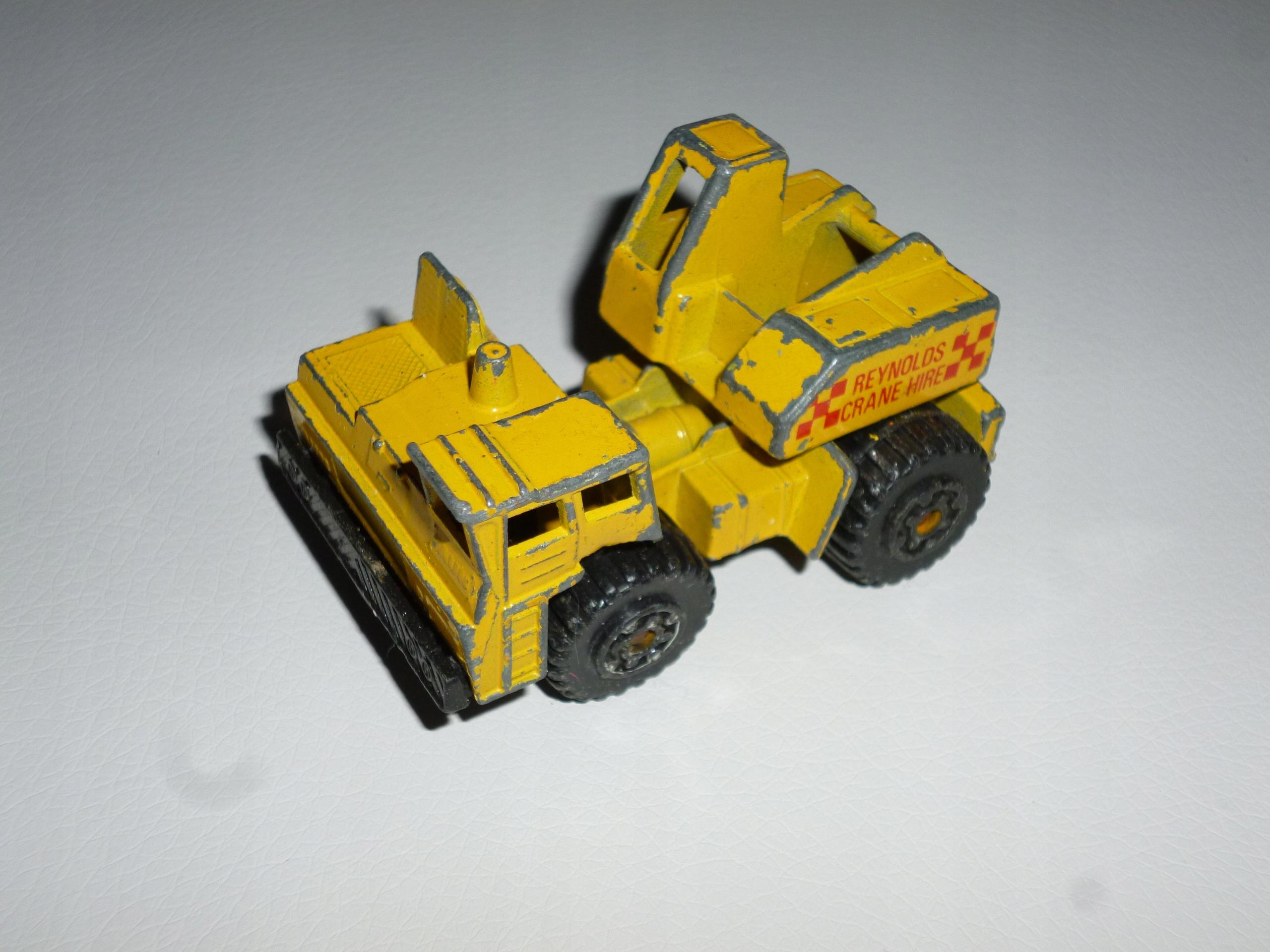 Mobile Crane 1984 Matchbox model resorak