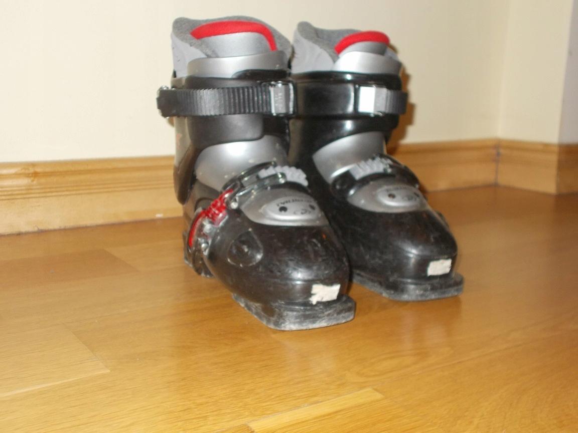 Buty narciarskie dziecięce DALBELLO model CX2 - 35