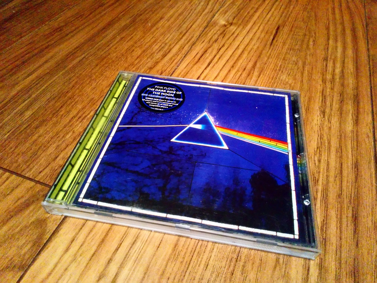 PINK FLOYD DARK SIDE OF THE MOON SACD 5.1 WATERS