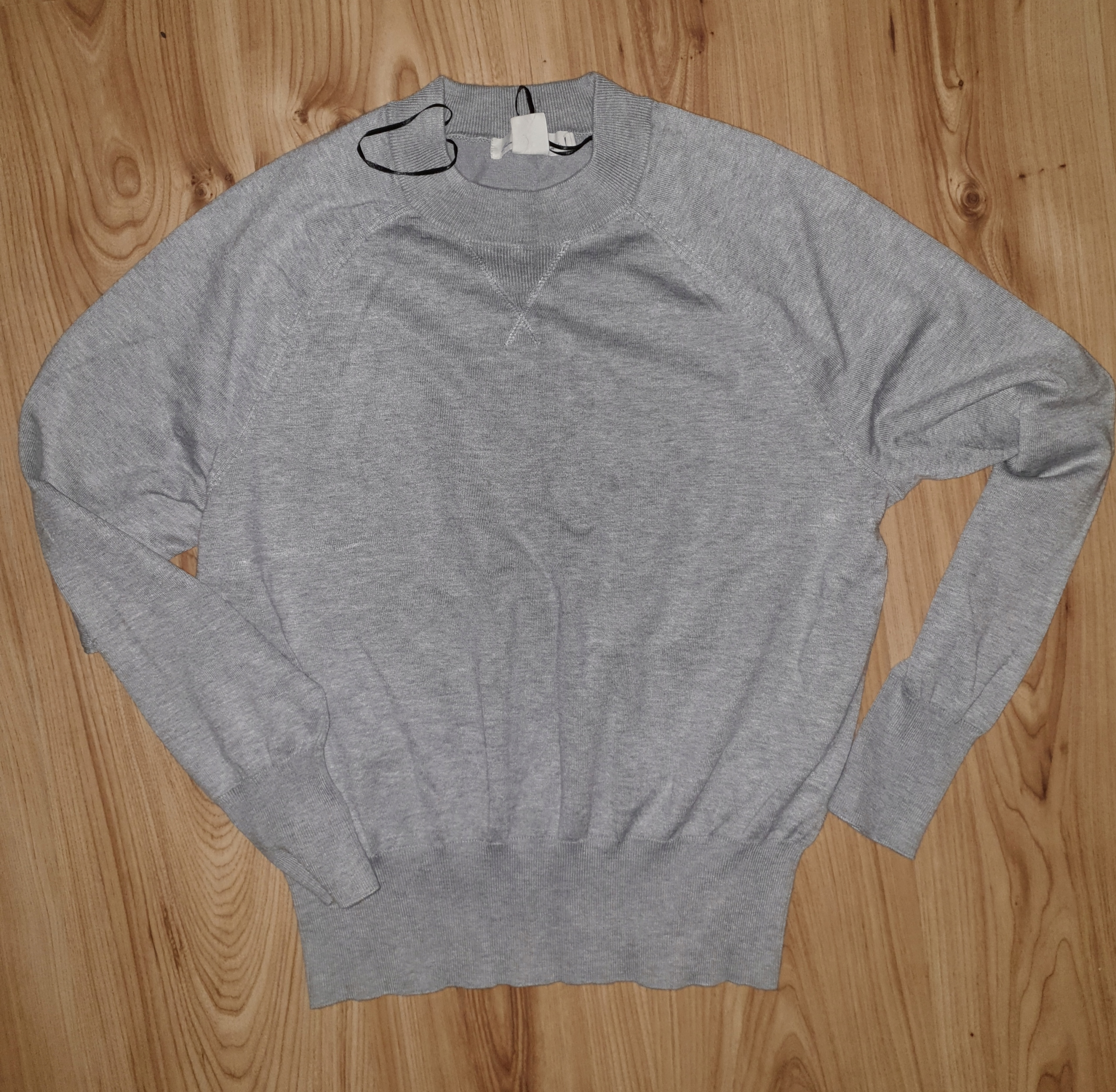 Sweterek h&m popiel ,szarosc