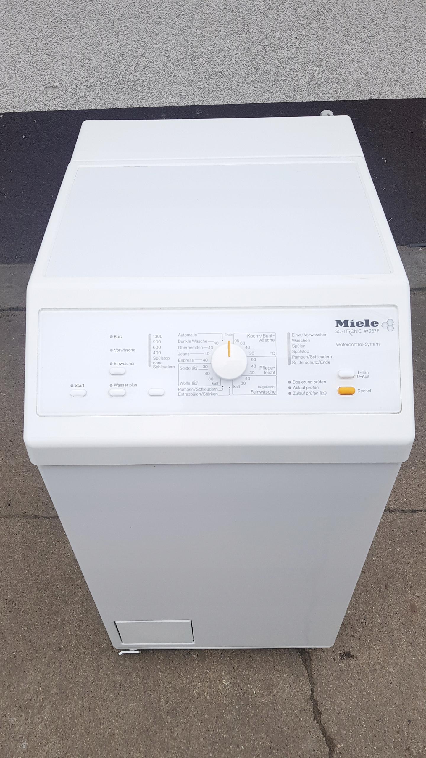 Pralka MIELE SOFTTRONIC W257F PLASTER STAN BDB 45c
