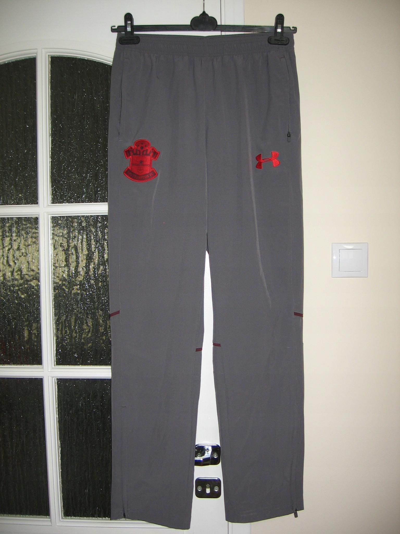 cienkie spodnie dres UNDER ARMOUR SOUTHAMPTON_ M