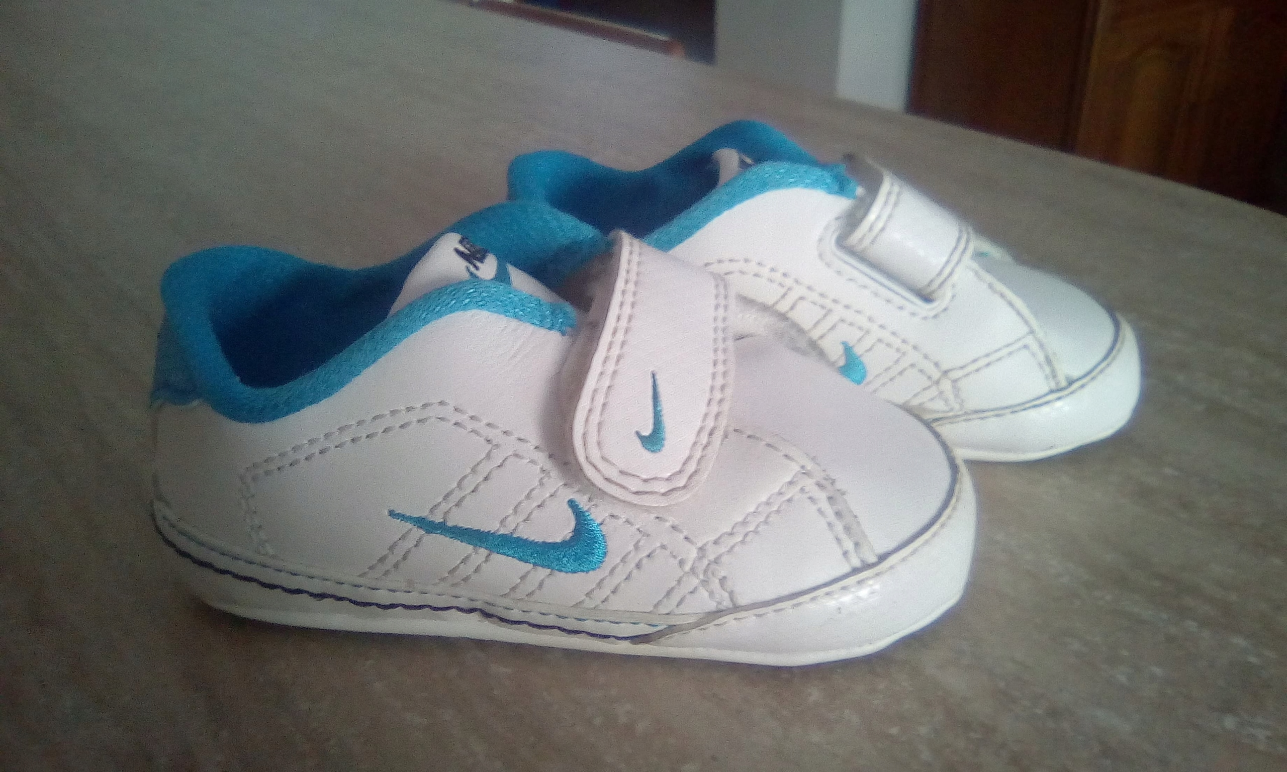 Nike buciki r.19,5 (10 cm)