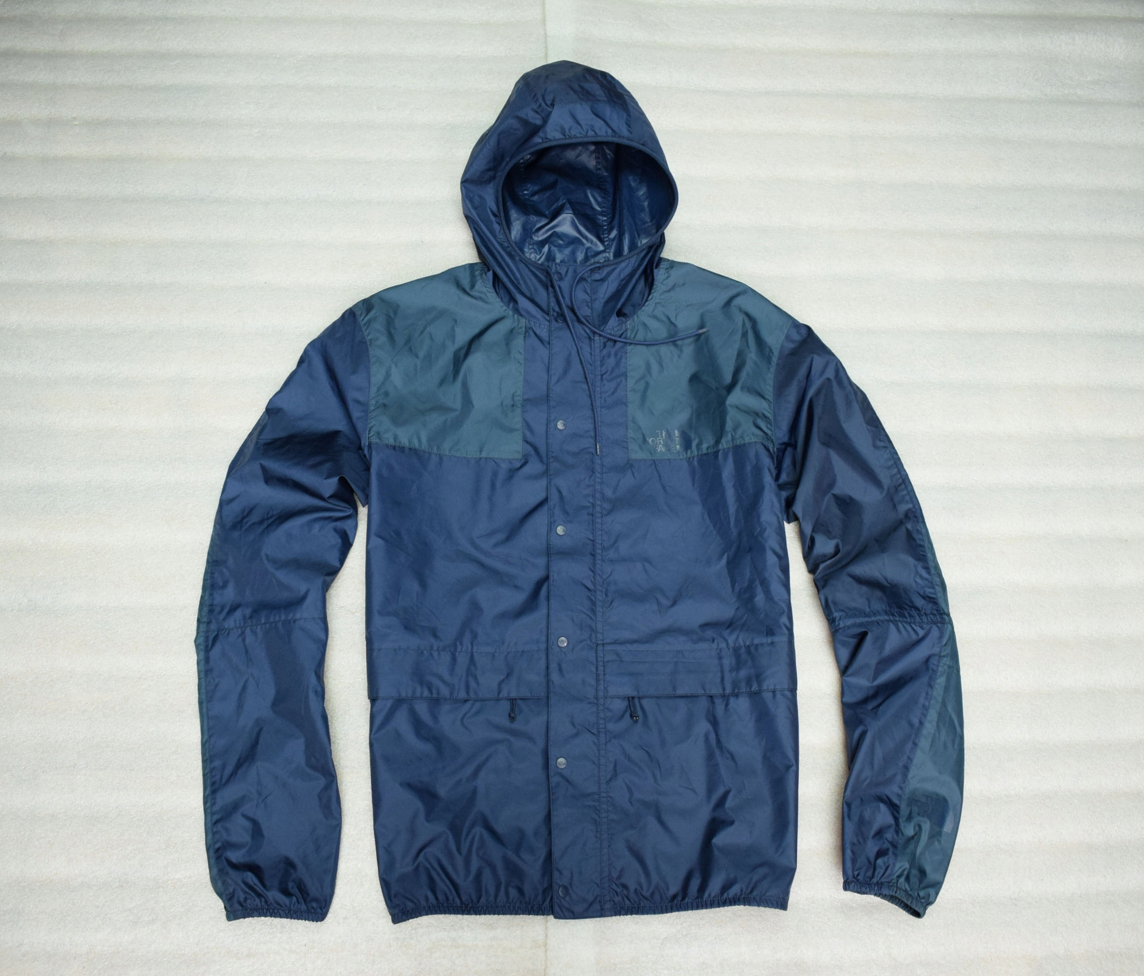THE NORTH FACE 1985 30th MOUNTAIN JACKET TNF XL.