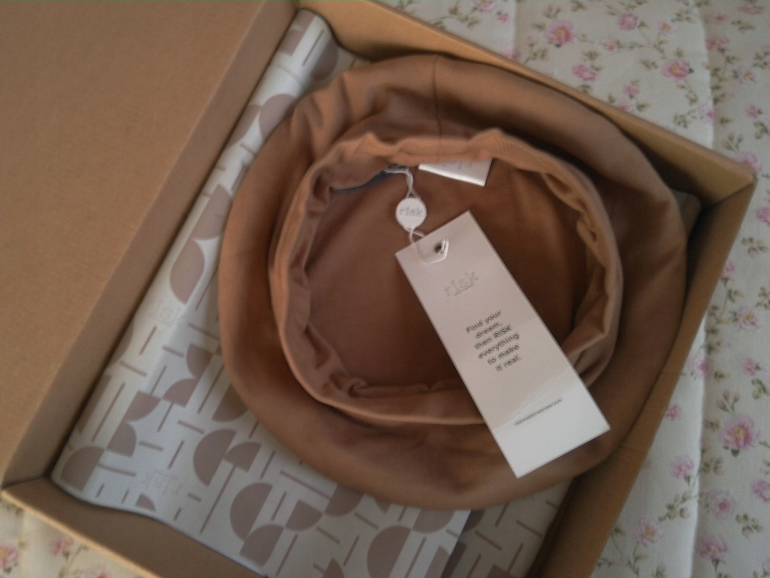 FRENCH KISS beret CAMEL S RISK made in Warsaw
