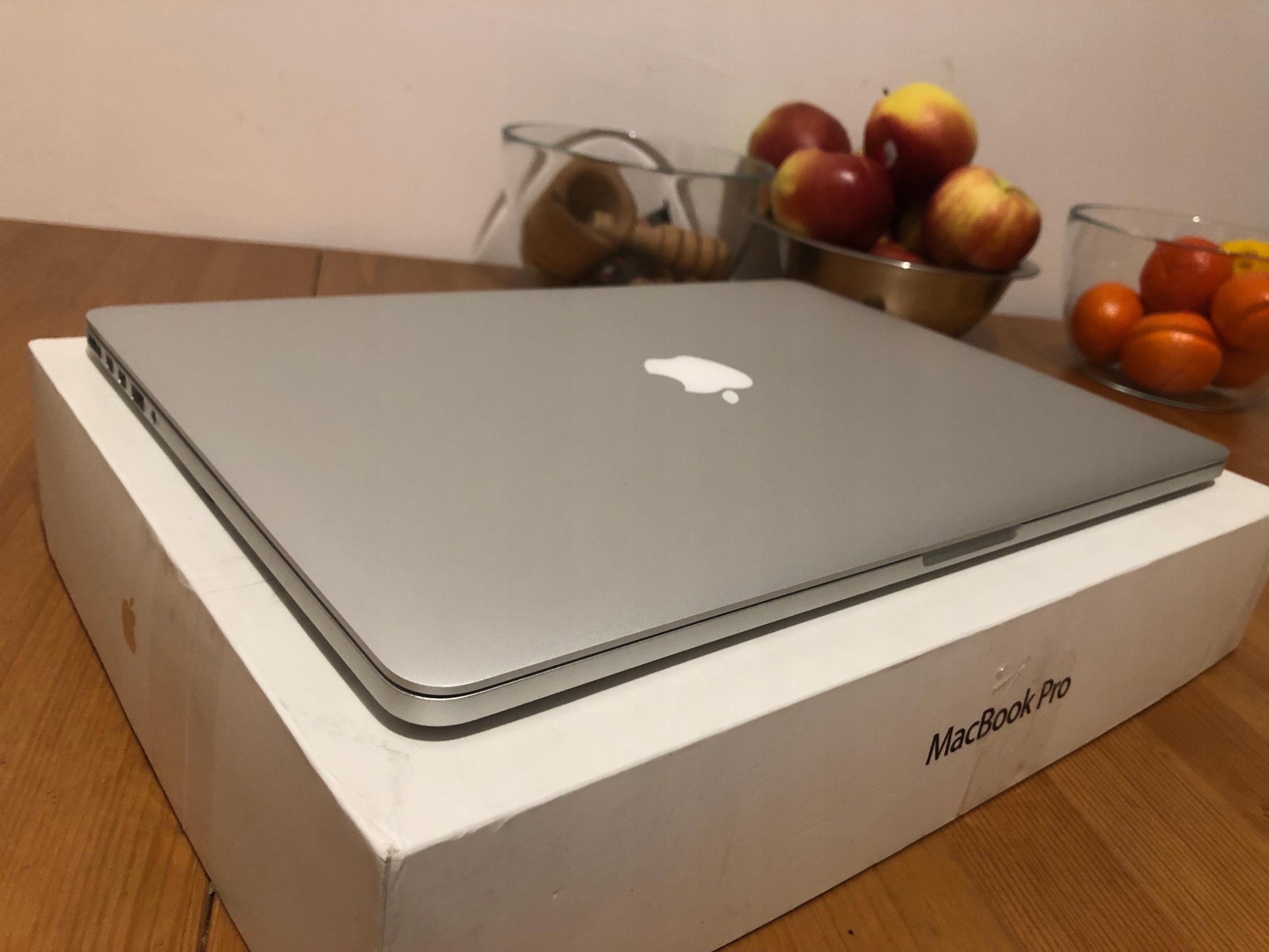 Macbook Pro Retina 15 i7 4x2,5G 16GB 512SSD Gwara