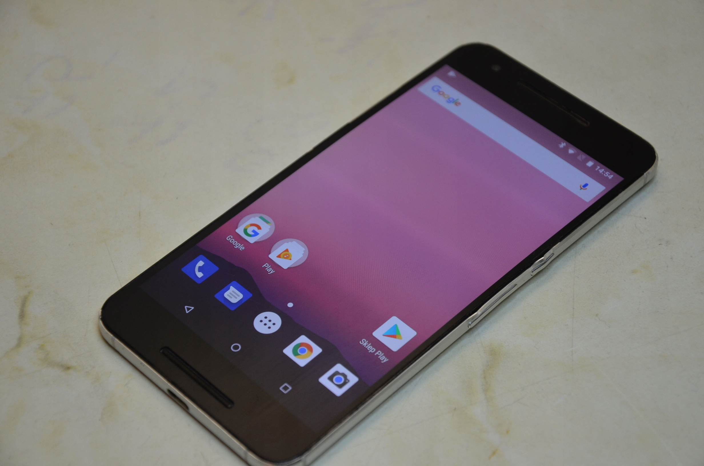 Smartfon HUAWEI Nexus 6P srebrny 64 GB