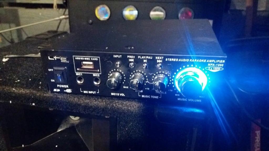 wzmacniacz karaoke LTC MFA-1200 2x100W