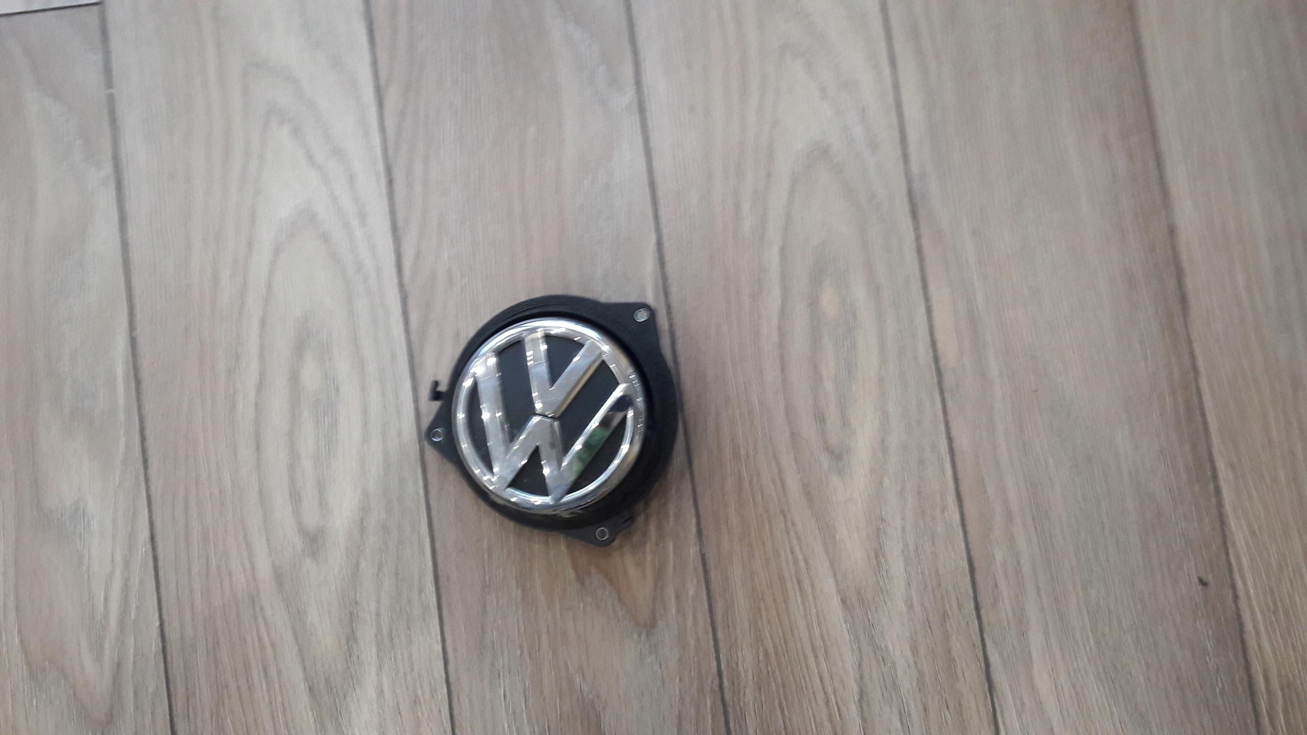 VW Polo 6R klamka znaczek tylnej klapy