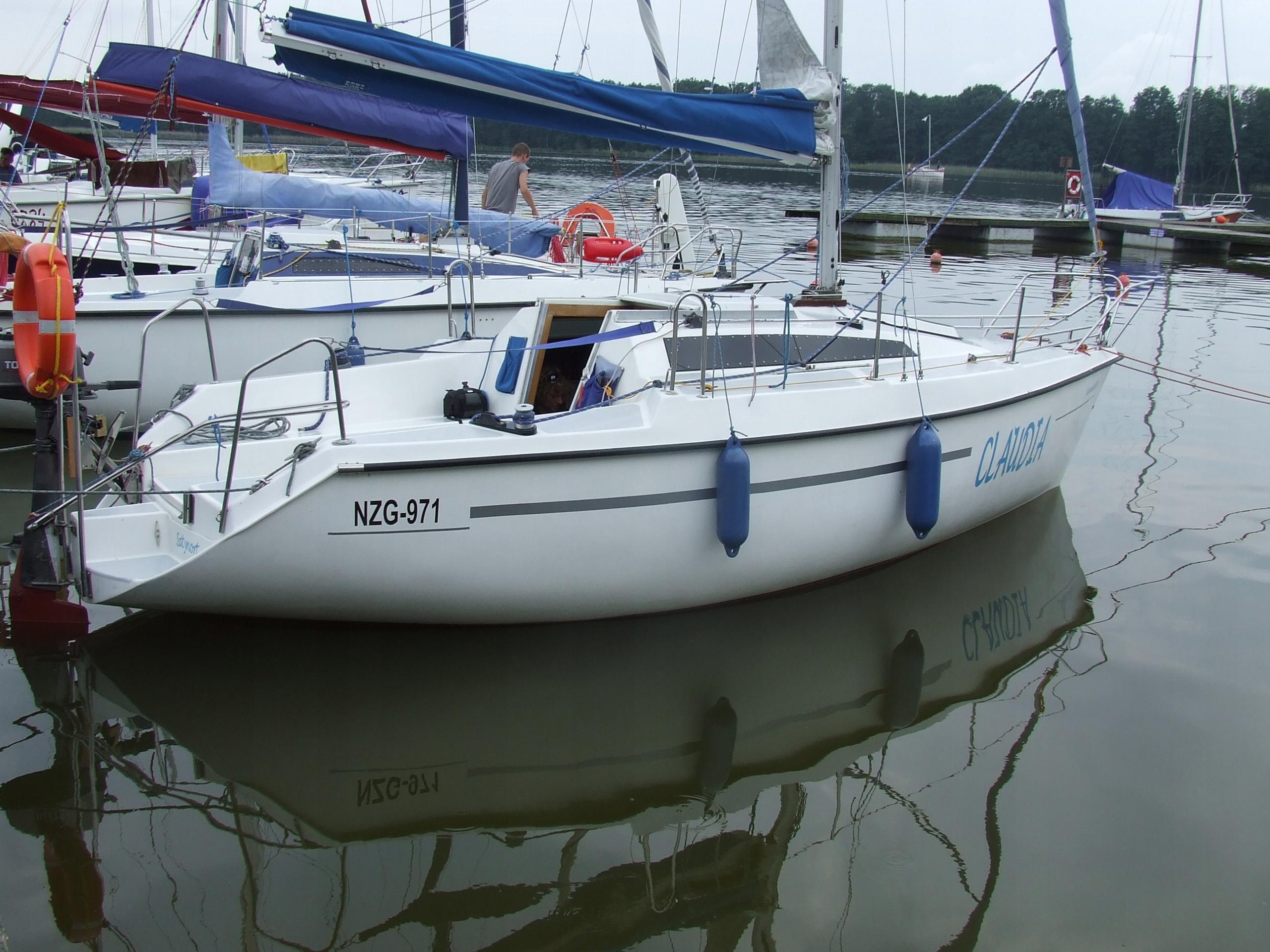 Okazja Sasanka 650 czarter jachtu na WJM