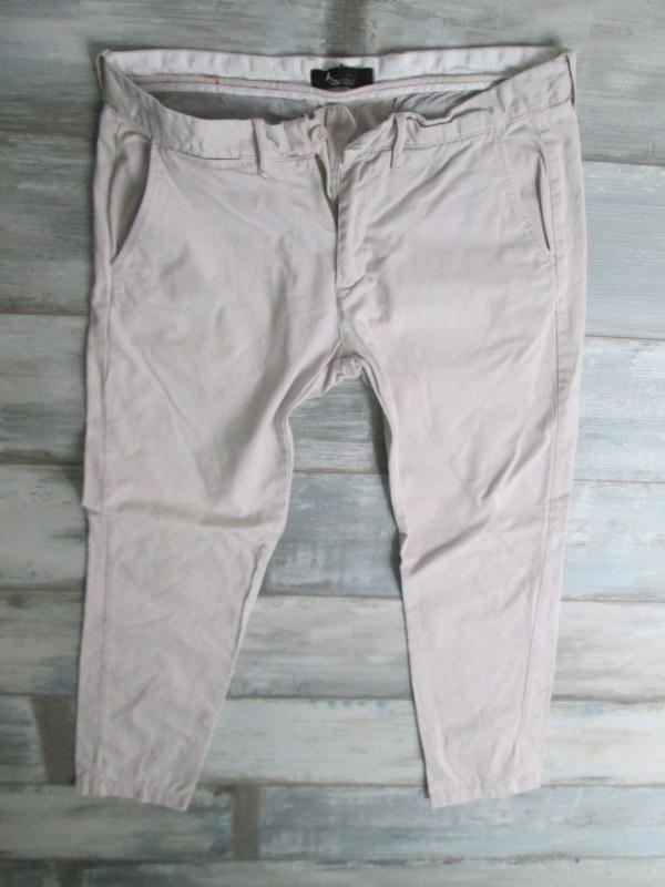 ZARA MAN BASIC__ męskie spodnie__W34L32 44
