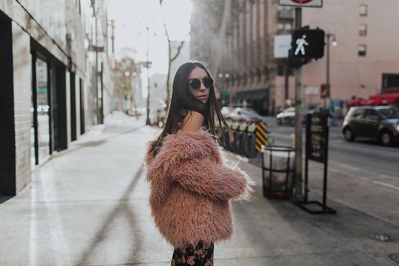 H&M - różowe sztuczne futerko kurtka - M