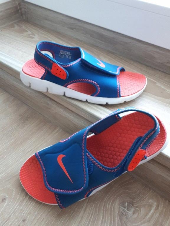 sandaly Nike r.37.5