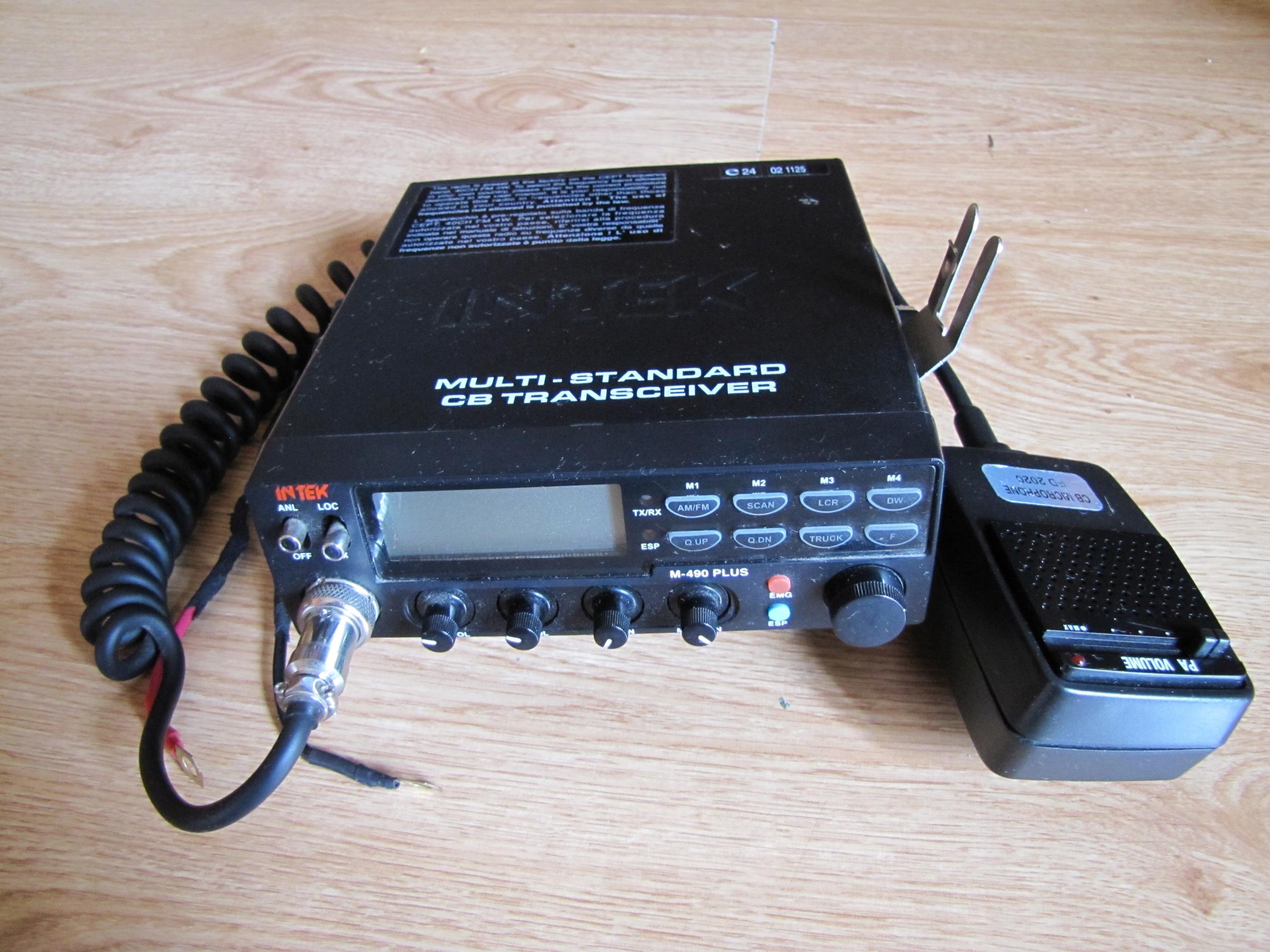CB radio Intek M-490 PLUS, + wzmacniany mikrofon.