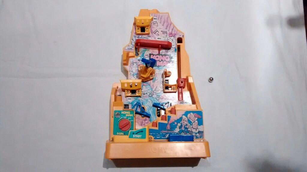 TOMY KongMan mechaniczna gra z 1982 r. Pewex