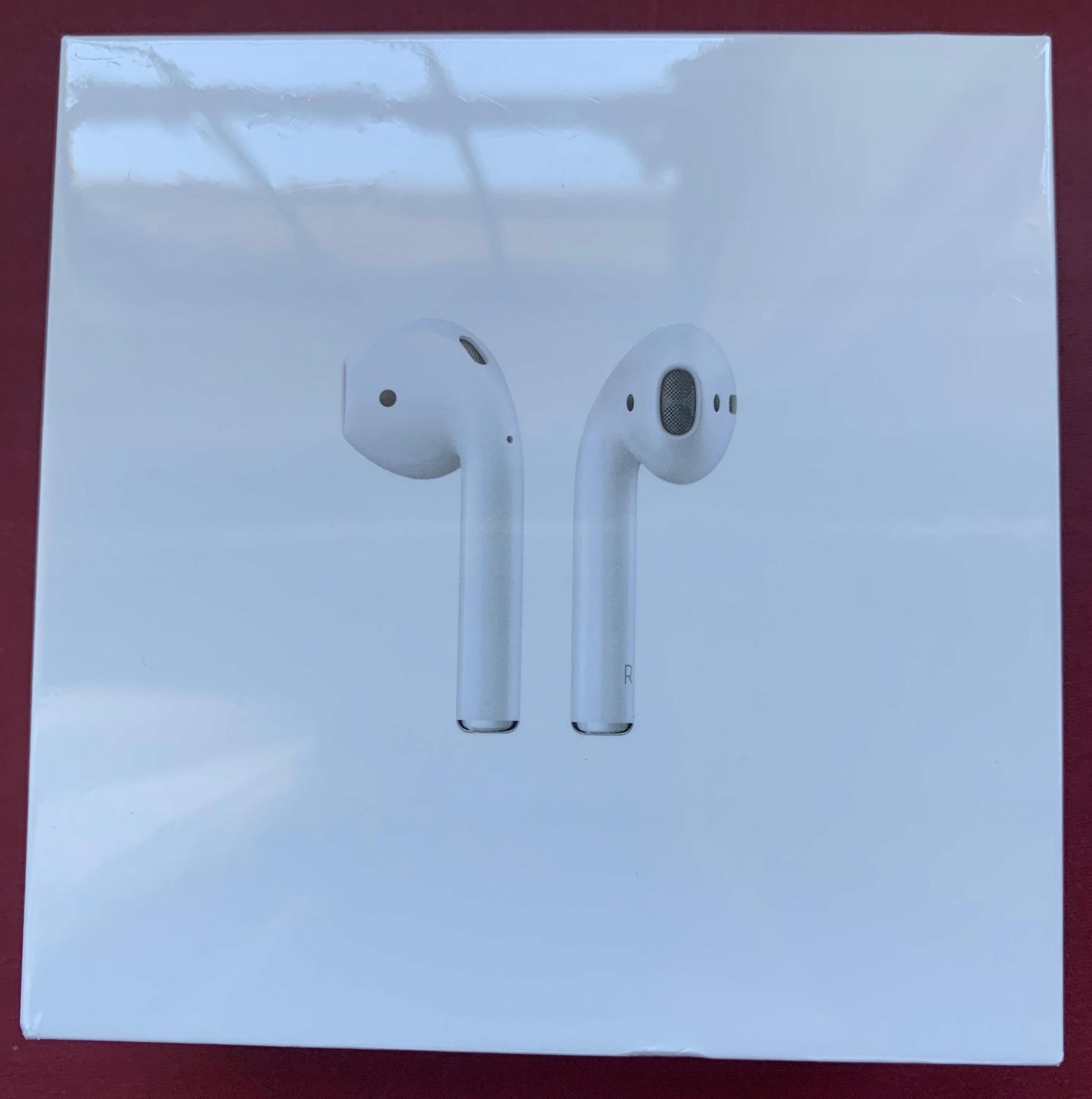 Orginalne Apple AirPods - słuchawki bezprzewodowe