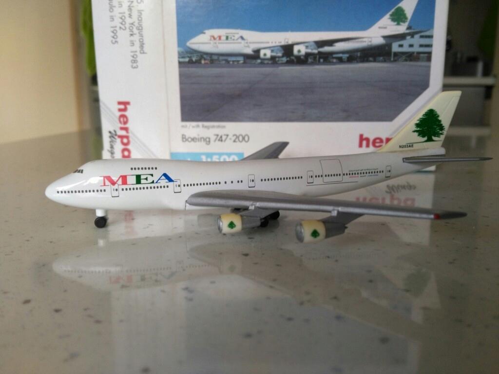 Model samolotu Boeing 747 MEA 1-500 Herpa