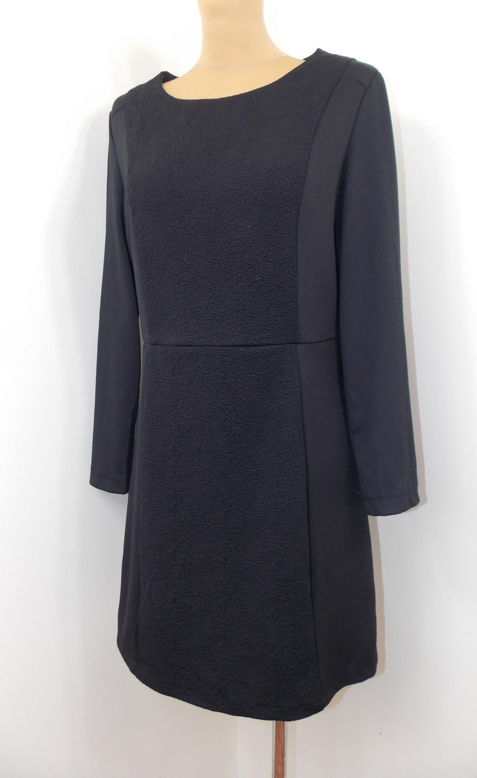 sukienka styl ASOS elegancka klasyczna biuro 42