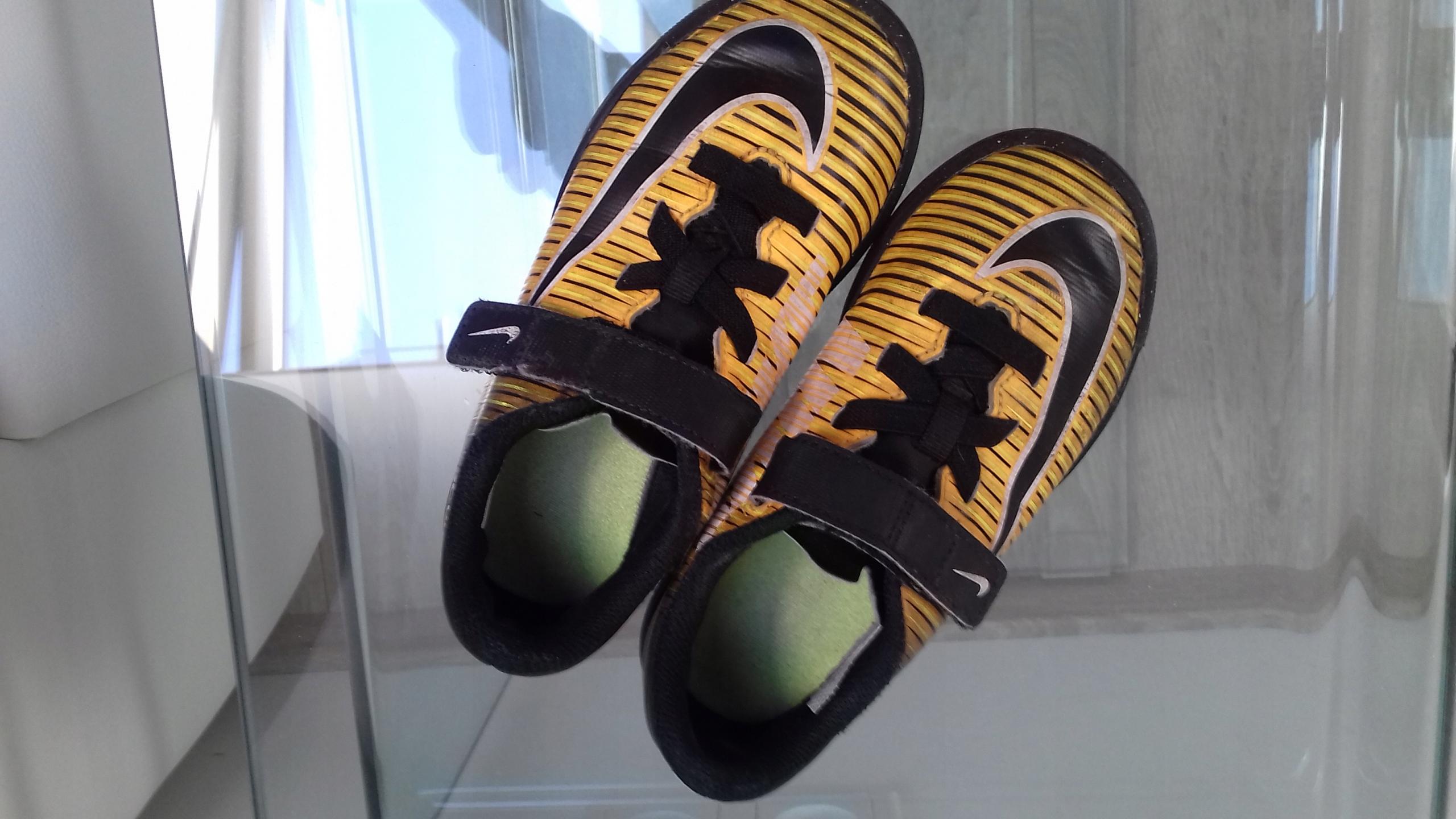 Nike 28,5, adidasy buty sportowe