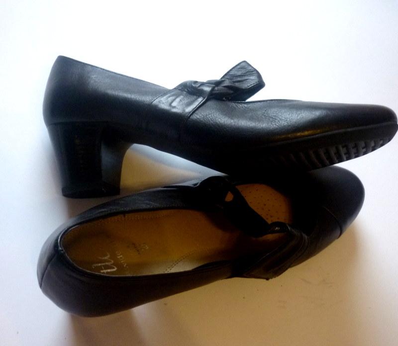 TLC*skóra NOWE buty czółenka *rozm.39