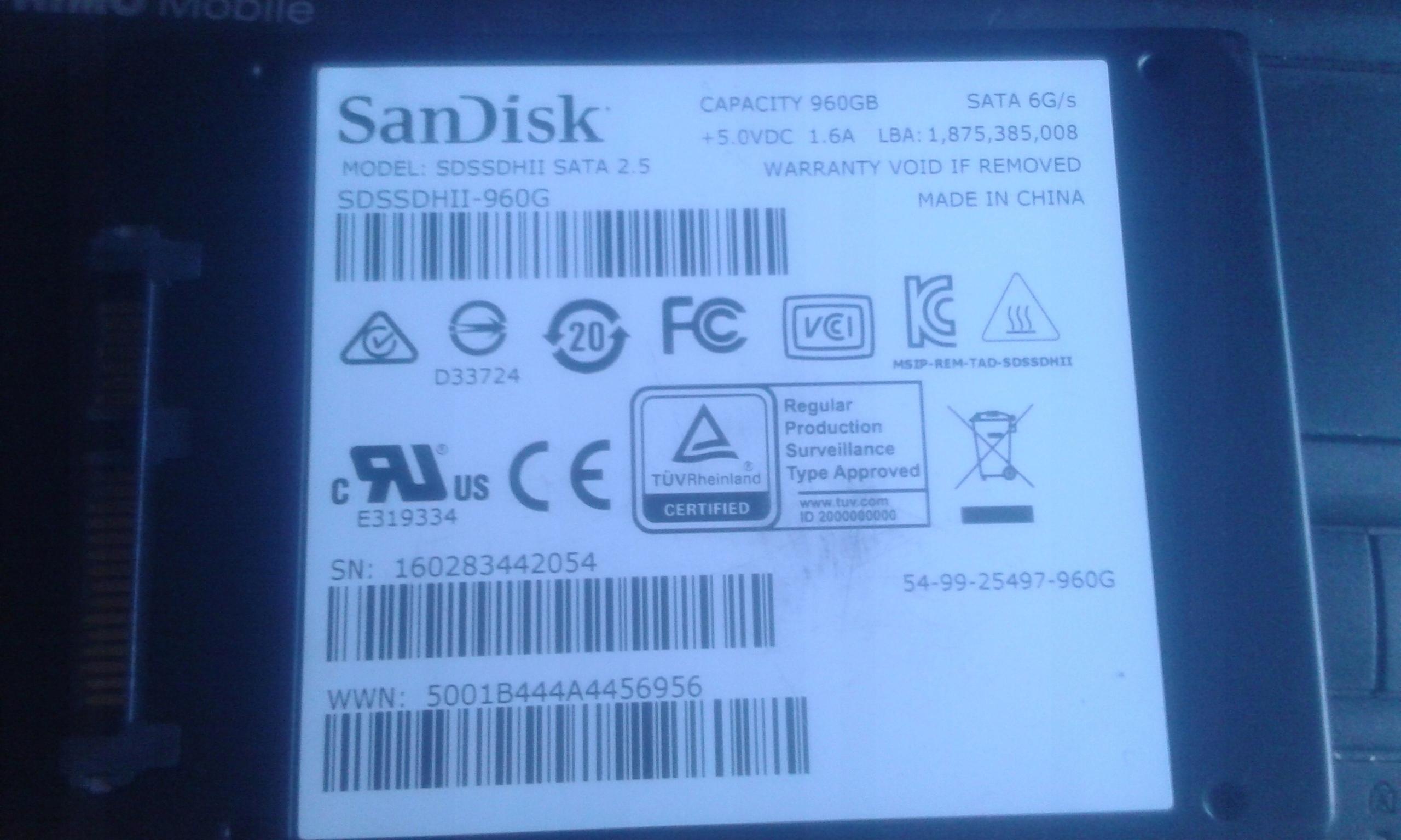 USZKODZONY DYSK SSD 960 GB SANDISK
