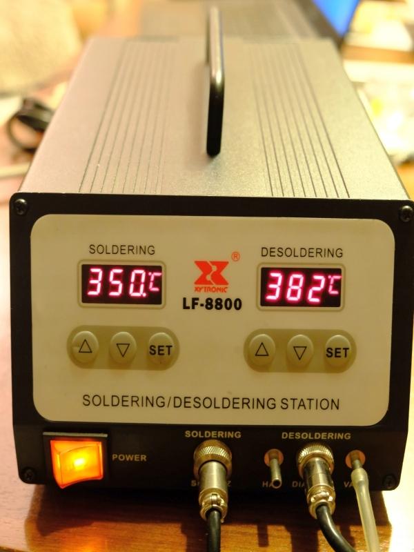 Stacja lutownicza Xytronic LF-8800 Mega zestaw XXL