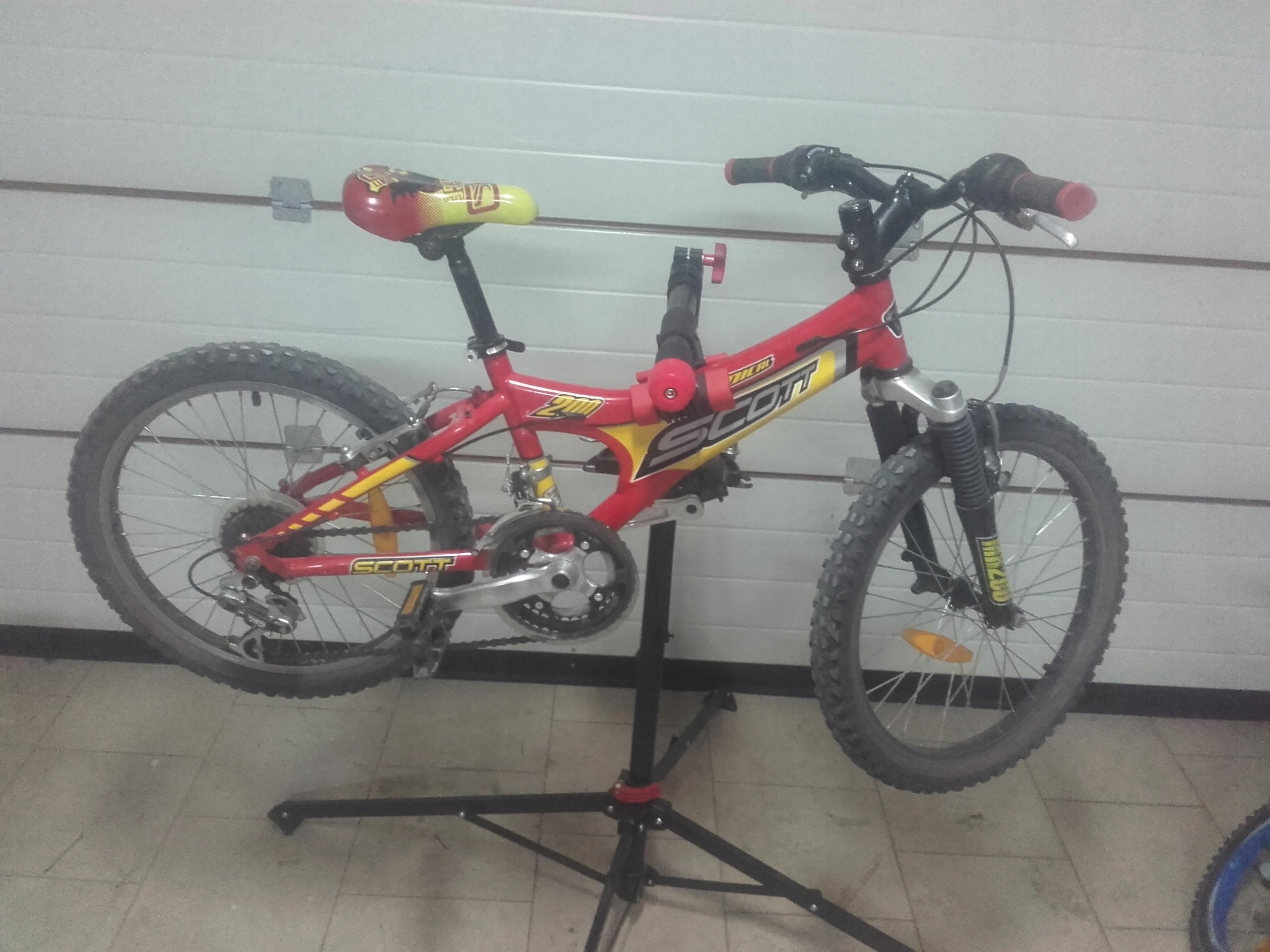 Rower dzieciecy SCOTT RADICAL 200 koła 20